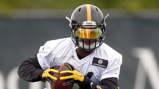 Steelers clear cap space, look to sign Le'Veon Bell long-term