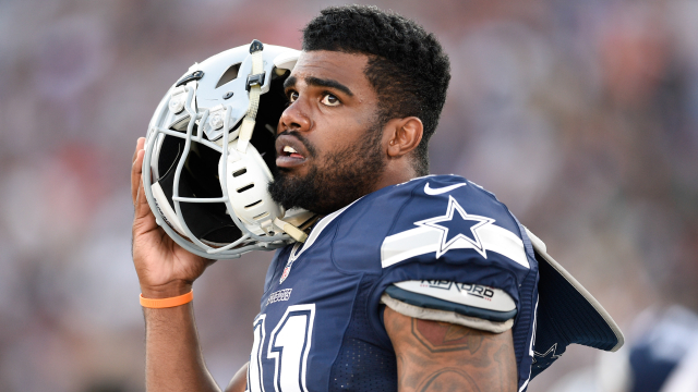 Cowboys RB Ezekiel Elliott cleared to play next two games