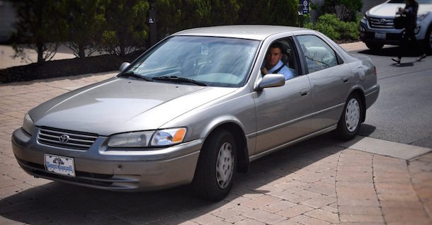 Bears QB Mitch Trubisky rolls into work driving a 1997 Camry