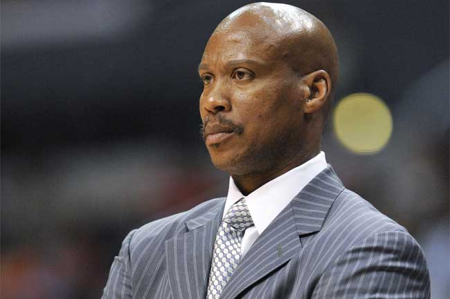 Inserting Byron Scott as head coach leaves the Los Angeles Lakers' future in question.